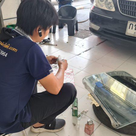 บริการซ่อมกระจกโดนหิน แตก ร้าว